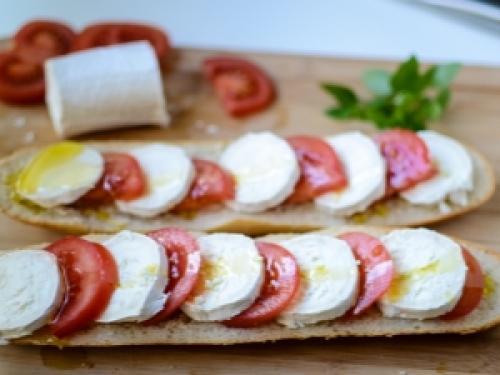 Адыгейский сыр диетические рецепты. Блюда с адыгейским сыром