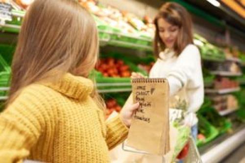 Когда на диете, как утолить голод. Живот сегодня не празднует: как утолить чувство голода во время диеты