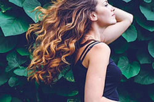 8 укладок для короткой стрижки. 20 укладок для коротких волос: просто, стильно и необычно!