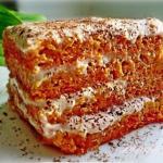 Морковный тортик с бананово - творожным кремом!