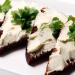 Плавленый сыр: максимум пользы и вкуса!
