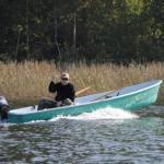 Существует мнение, что для троллинга (ловли на дорожку) очень плохо использовать 2-тактные лодочные моторы.