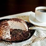 Творожное суфле со вкусом горького шоколада.